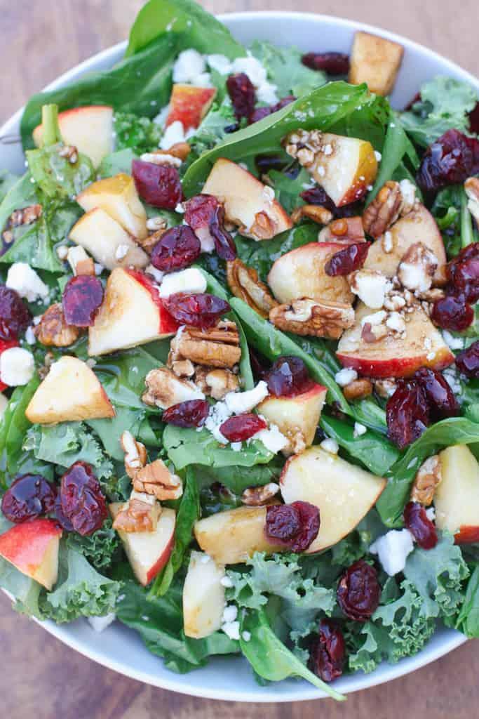 Salada de maçã, amora e noz   Tem um sabor melhor do zero