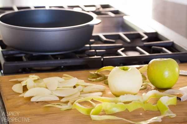 Cómo - Mini Rollos de canela y manzana con caramelo #caramelapple #cinnamonrolls #holiday #breakfast