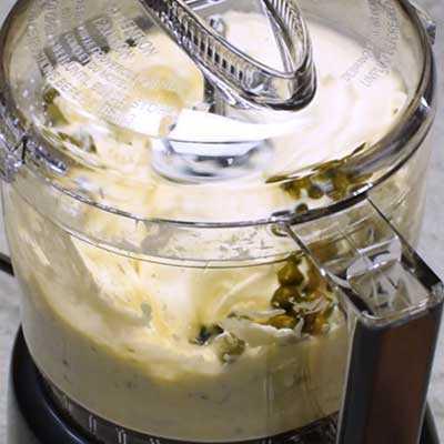 """Salmón ahumado Dip Paso 1 - Mezcle bien. """"Ancho ="""" 400 """"height ="""" 400 """"data-pin-description ="""" ¡Salmón ahumado Dip! La salsa de salmón ahumado suave y cremosa tiene todo el sabor del salmón ahumado con toques de limón, eneldo y alcaparras. Ideal para untar en bagels o sumergir con galletas saladas. El   HomemadeHooplah.com """"data-pin-nopin ="""" true """"srcset ="""" https://juegoscocinarpasteleria.org/wp-content/uploads/2020/02/1583005744_129_Salmon-Ahumado.jpg 400w, https : //homemadehooplah.com/wp-content/uploads/2019/01/Smoked-Salmon-Dip-Step-1g-1-75x75.jpg 75w, https://homemadehooplah.com/wp-content/uploads/2019/ 01 / Smoked-Salmon-Dip-Step-1g-1-155x155.jpg 155w, https://homemadehooplah.com/wp-content/uploads/2019/01/Smoked-Salmon-Dip-Step-1g-1-168x168 .jpg 168w, https://homemadehooplah.com/wp-content/uploads/2019/01/Smoked-Salmon-Dip-Step-1g-1-300x300.jpg 300w """"tamaños ="""" (ancho máximo: 400px) 100vw 400px"""
