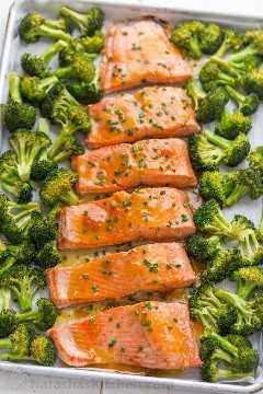 albaricoque dijon glaseado de salmón, receta fácil de salmón al horno con brócoli