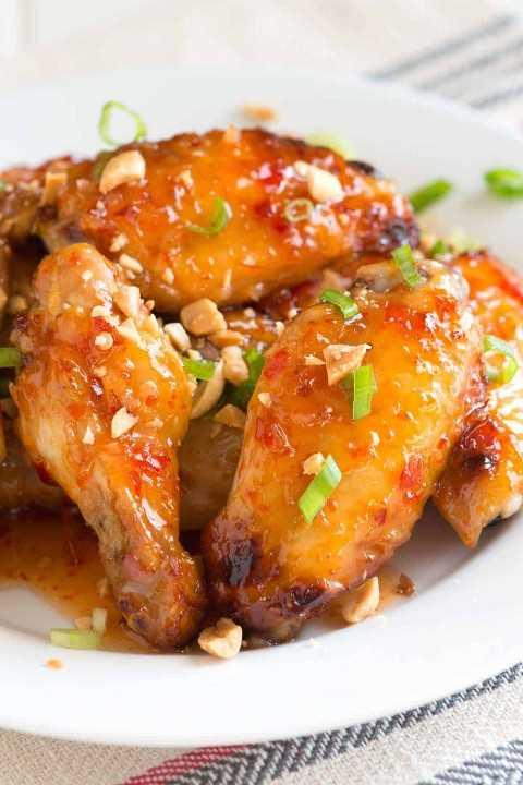 Asas de frango assadas com receita de pimentão doce