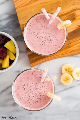 This Post Workout Smoothie is the perfect drink to recharge after a hard workout! Full of ingredients to replenish your body.