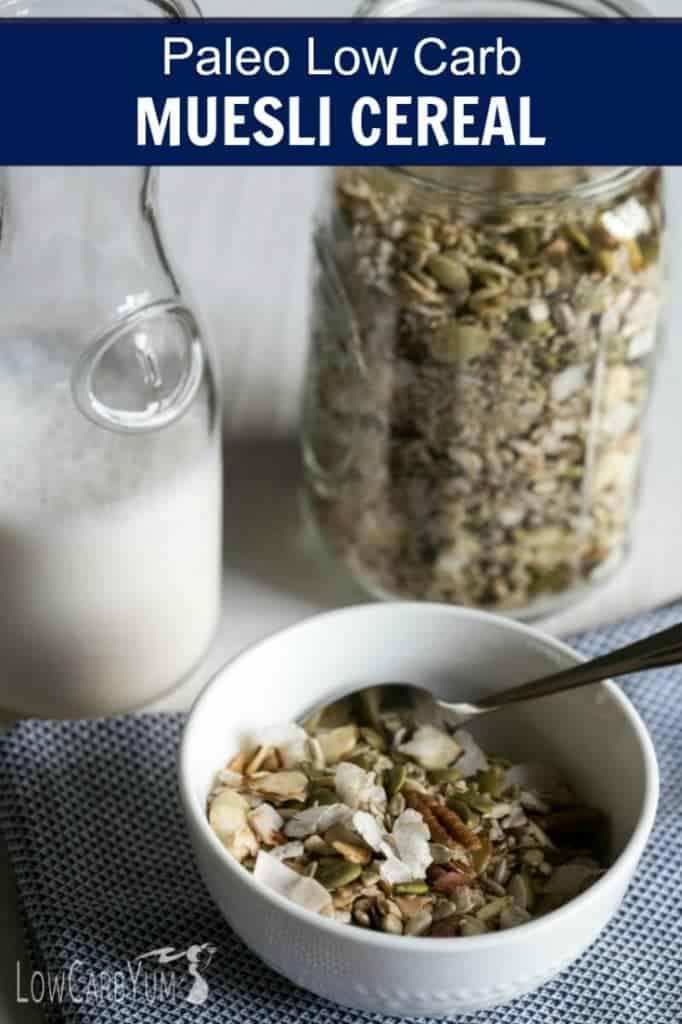 Si está siguiendo una dieta paleo sin gluten, le encantará este cereal muesli bajo en carbohidratos. ¡Está cargado de ingredientes de alimentos integrales sin azúcar añadido!