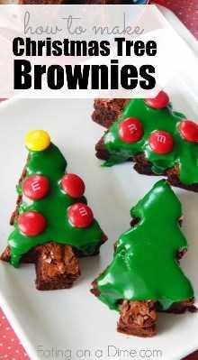 Procurando uma sobremesa de Natal? Como fazer brownies de árvore de Natal facilmente! Esta receita fácil de brownie de Natal é a receita perfeita para sobremesas de Natal.