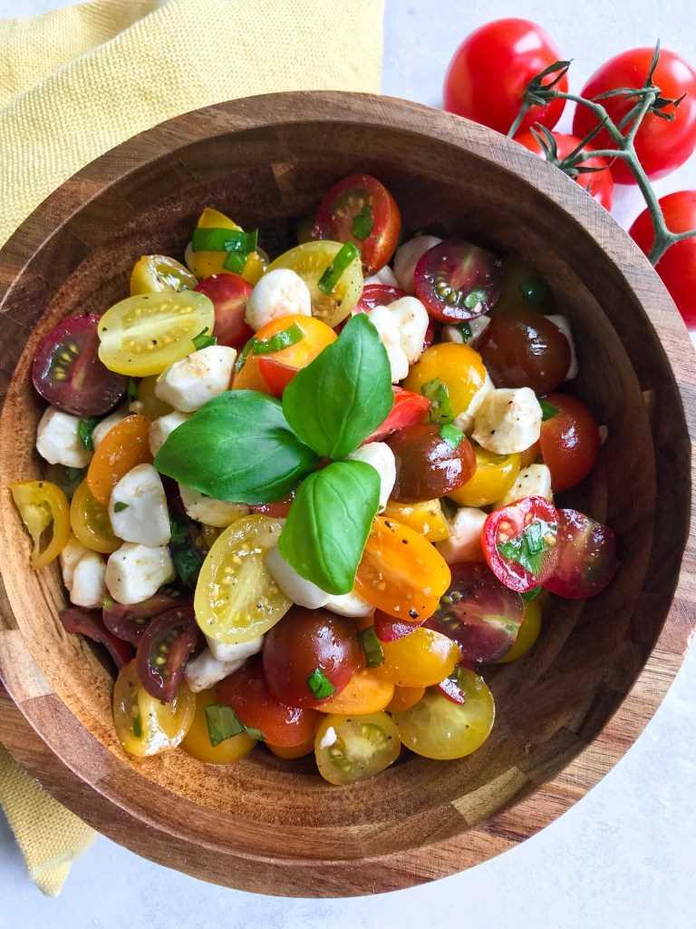 ensalada de mozzarella de tomate balsámico