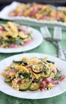 Ensalada de pasta de verduras asadas