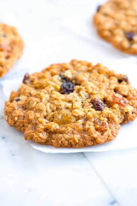 Cómo hacer las mejores galletas de pasas de avena suaves y masticables