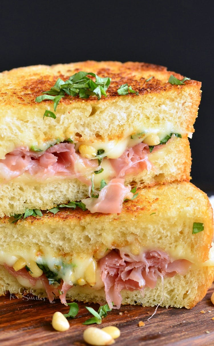 Grilled Cheese Italian Garlic Bread. It is made in GARLIC BREAD and loaded with sticky mozzarella cheese, pine nuts and Serrano ham.