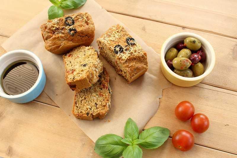 receita de pão de tomate seco e proteína de azeitona