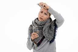 Dolor de garganta dolor de cabeza congestión náuseas