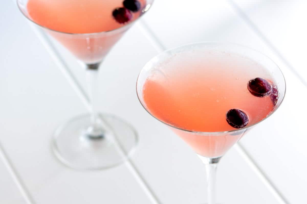 Cosmopolitan champagne cocktail recipe