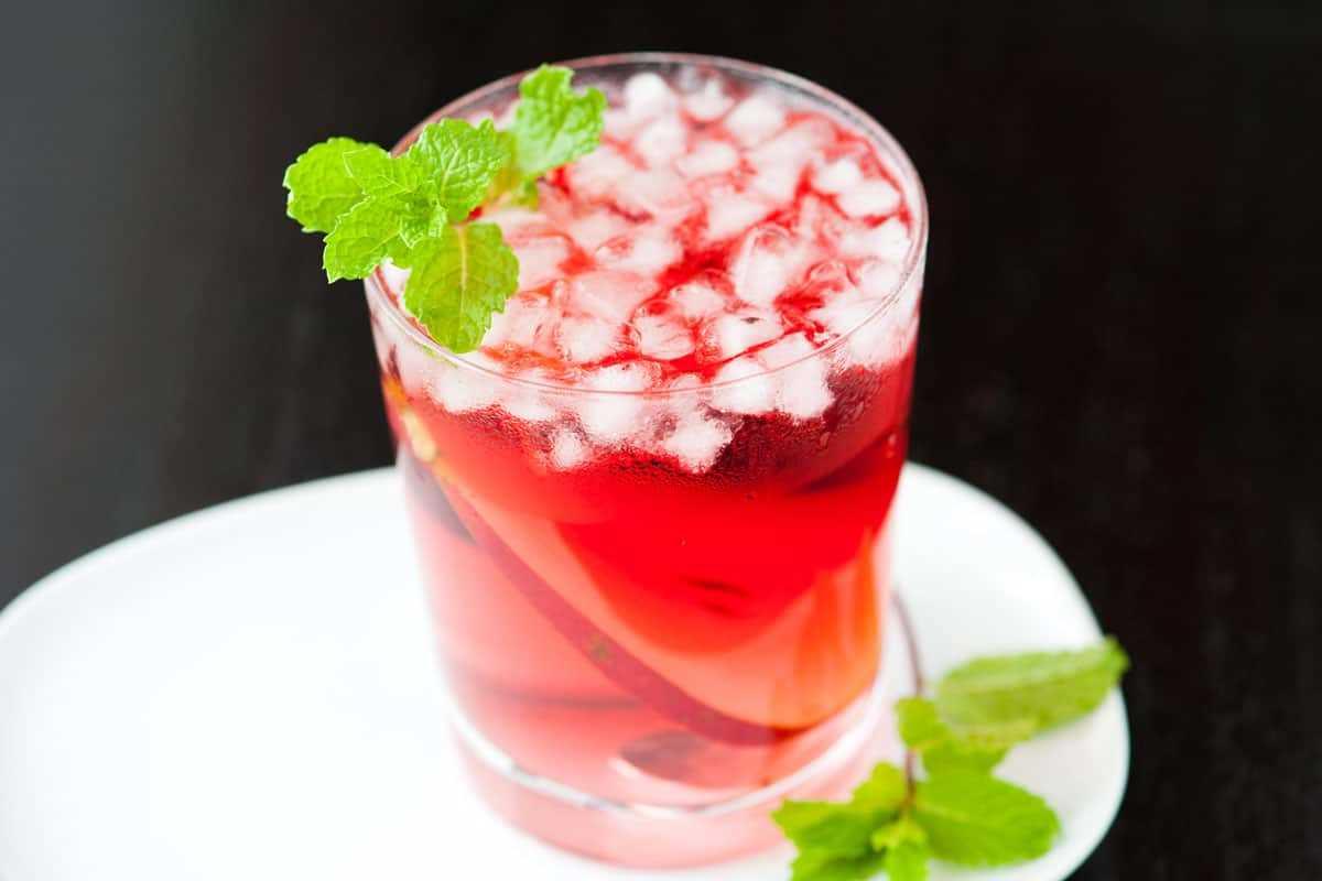 Receta de cóctel de vodka de pera y arándano