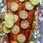 Receta de salmón al horno con lima y chile