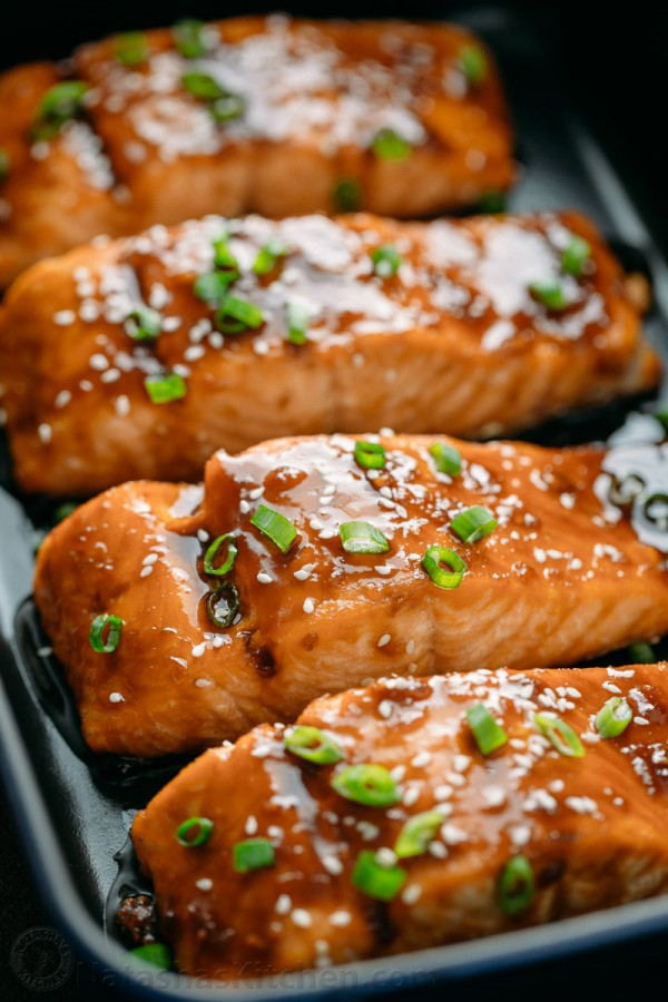 Teriyaki salmon recipe arranged in a serving platter is flaky and juicy
