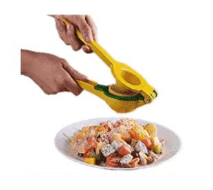 Le encantará esta receta de gambas al ajillo con camarones y limón. ¡La receta de cigalas y camarones al limón está lista en solo 10 minutos! La receta de gambas al ajillo con camarones es una de nuestras recetas favoritas de camarones. ¡Prueba esta receta simple y rápida hoy para una idea de comida saludable!