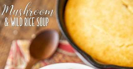 Sopa de cogumelos e arroz selvagem