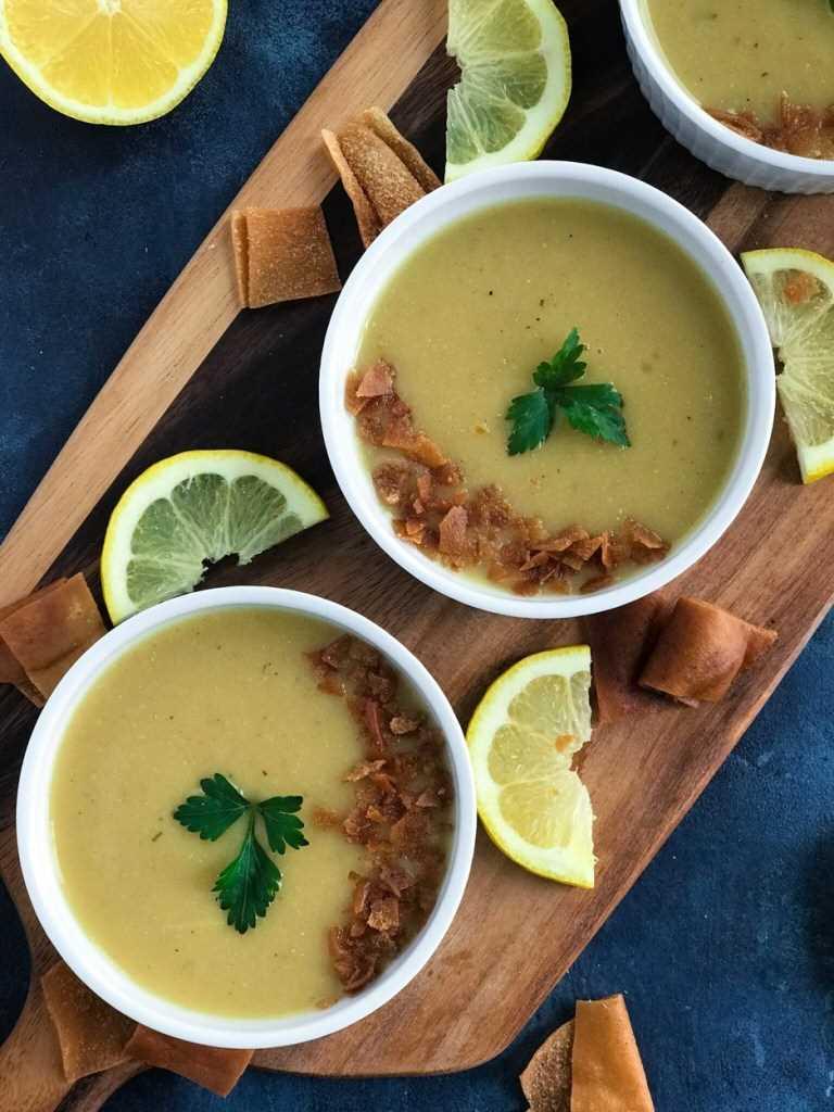 Sopa de lentilha libanesa
