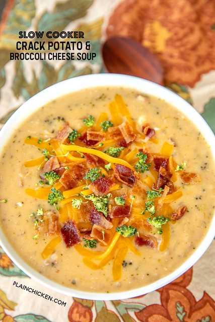 """Queijo Brócolis Cozido Lento e Sopa de Batata - Esta sopa deve vir com uma etiqueta de aviso! Tão bom! CARREGADO com queijo cheddar, bacon e rancho !! Todos eles voltaram por alguns segundos! Batatas, sopa de creme de brócolis, brócolis, queijo creme, caldo de galinha, queijo cheddar, bacon e rancho. Tão simples de fazer. Basta jogar tudo no fogão lento e o jantar está pronto! #crockpot #slowcooker #bacon #soup #broccolicheese #paatoes """"border ="""" 0 """"data-original-height ="""" 1600 """"data-original-width ="""" 762 """"title ="""" Batata frita e sopa: Esta sopa deve vir com uma etiqueta de aviso! Tão bom! CARREGADO com queijo cheddar, bacon e rancho !! Todos eles voltaram por alguns segundos! Batatas, sopa de creme de brócolis, brócolis, queijo creme, caldo de galinha, queijo cheddar, bacon e rancho. Tão simples de fazer. Basta jogar tudo no fogão lento e o jantar está pronto! #crockpot #slowcooker #bacon #soup #broccolicheese #paatoes """"src ="""" https://juegoscocinarpasteleria.org/wp-content/uploads/2020/02/1581127326_387_Sopa-de-papas-fritas-y-queso-brocoli-en- olla-de.png """"class ="""" lazyload """">   <p>  panela de barro, sopa, panela lenta, queijo brócolis, queijo cheddar, bacon, rancho, sopa de batata</p> <p>    Sopa</p> <p>    americano</p> <p>   <img itemprop="""