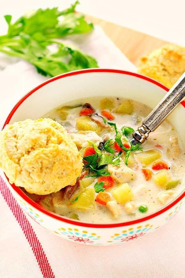 sopa de bolo de galinha Aa Easy Chicken Pot Poup Soup