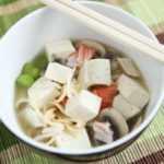 Sopa rápida de fideos ramen de tofu