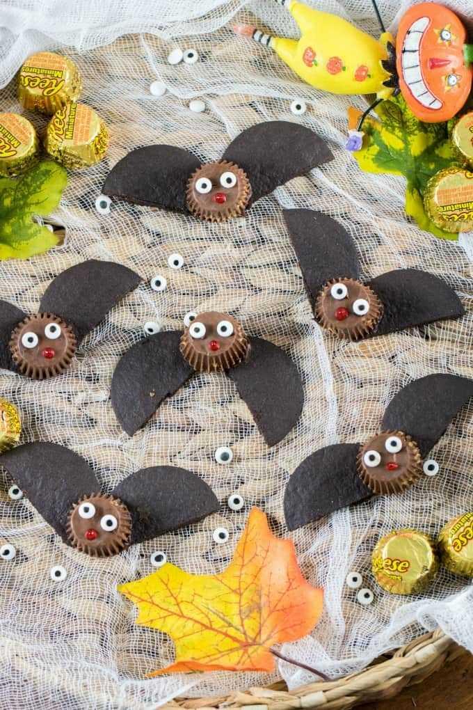 Tazas fáciles de mantequilla de maní de murciélago