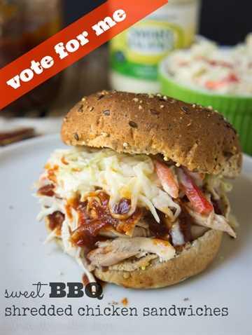 ¡Dulces sándwiches de pollo desmenuzado para barbacoa! Vote por esta receta por @iwashyoudry aquí: https://www.facebook.com/smartbalance/app_209700709180942