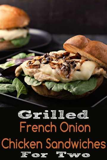 """Sandwiches de pollo a la parrilla con cebolla francesa para dos """"srcset ="""" https://juegoscocinarpasteleria.org/wp-content/uploads/2020/03/1583114524_964_Sandwiches-de-pollo-a-la-parrilla-con-cebolla-francesa-Receta.jpg 600w, https://cdn1.zonacooks.com/wp-content/uploads/2018/05/Grilled-French-Onion-Chicken-Sandwiches-for-Two-9-333x500.jpg 333w """"tamaños ="""" (ancho máximo: 600px ) 100vw, 600px"""
