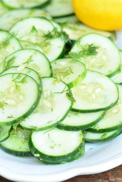 Ensalada de pepino con eneldo y limón