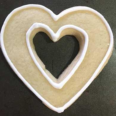 Cómo hacer galletas con corazón recortado