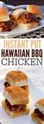 Eche un vistazo a estos sándwiches instantáneos rápidos y fáciles de pollo a la barbacoa hawaiana. Muy rico y lleva muy poco tiempo armarlo.