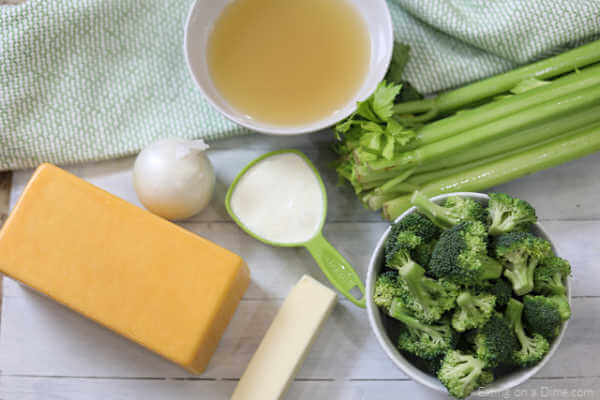 Enjoy the cheese soup recipe with broccoli and keto without any guilt. Keto Broccoli Cheese Soup is loaded with broccoli and cheese plus low carb! So simple and easy.
