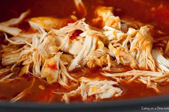 "Si te encantan todas las cosas del búfalo, esta cazuela de enchiladas de pollo y búfalo de Crock Pot será un éxito. Estas enchiladas están cargadas de queso y salsa de búfalo. ""Ancho ="" 600 ""altura ="" 400 ""srcset ="" https://www.eatingonadime.com/wp-content/uploads/2019/04/Buffalo-Chicken-Enchilada- Casserole_-2.jpg 900w, https://www.eatingonadime.com/wp-content/uploads/2019/04/Buffalo-Chicken-Enchilada-Casserole_-2-300x200.jpg 300w, https: //www.eatingonadime. com / wp-content / uploads / 2019/04 / Buffalo-Chicken-Enchilada-Casserole_-2-768x512.jpg 768w ""tamaños ="" (ancho máximo: 600px) 100vw, 600px"