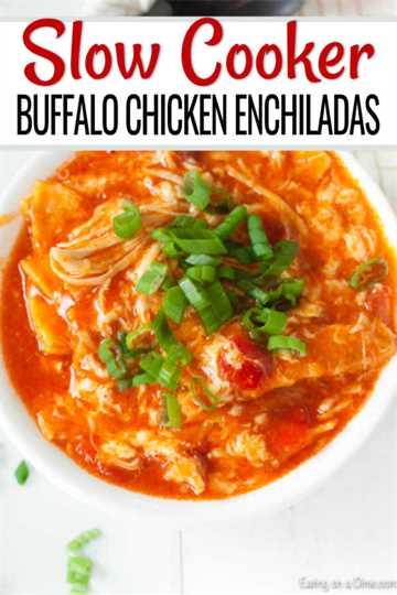 "Si te encantan todas las cosas del búfalo, esta cazuela de enchiladas de pollo y búfalo de Crock Pot será un éxito. Estas enchiladas están cargadas de queso y salsa de búfalo. ""Ancho ="" 600 ""altura ="" 900 ""srcset ="" https://www.eatingonadime.com/wp-content/uploads/2019/04/buffalo-chicken-enchiladas. jpg 600w, https://www.eatingonadime.com/wp-content/uploads/2019/04/buffalo-chicken-enchiladas-200x300.jpg 200w ""tamaños ="" (ancho máximo: 600px) 100vw, 600px"