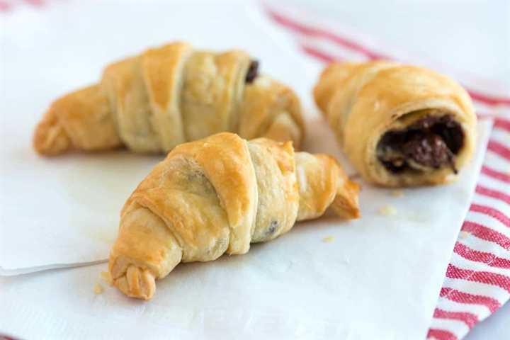 30-minute chocolate croissant recipe