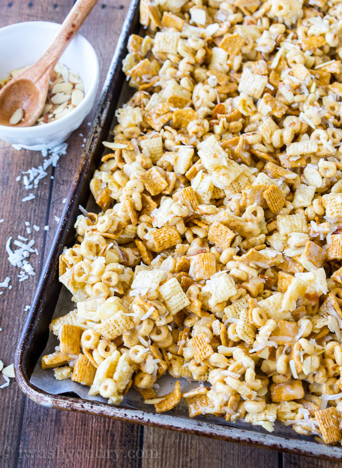 """We love this Gooey Chex Mix recipe for snacks and parties! """"width ="""" 675 """"height ="""" 924 """"srcset ="""" https://iwashyoudry.com/wp-content/uploads/2016/06/Gooey-Chex-Mix-7.jpg 675w, https://iwashyoudry.com /wp-content/uploads/2016/06/Gooey-Chex-Mix-7-600x821.jpg 600w, https://iwashyoudry.com/wp-content/uploads/2016/06/Gooey-Chex-Mix-7- 18x24.jpg 18w, https://iwashyoudry.com/wp-content/uploads/2016/06/Gooey-Chex-Mix-7-26x36.jpg 26w, https://iwashyoudry.com/wp-content/uploads/ 2016/06 / Gooey-Chex-Mix-7-35x48.jpg 35w """"sizes ="""" (maximum width: 675px) 100vw, 675px"""