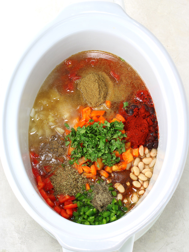 Cómo hacer una sopa cremosa de pollo al suroeste de olla de cocción lenta