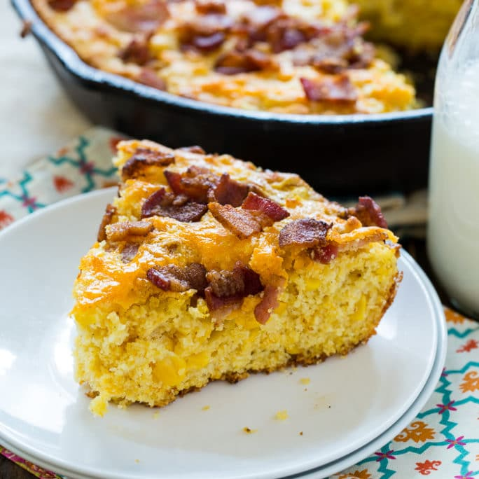 Corn bread with bacon and cheddar cheese