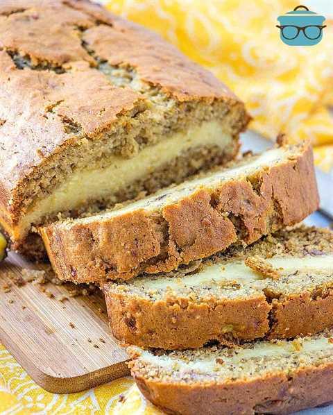 rebanadas, pastel de queso relleno de pan de plátano