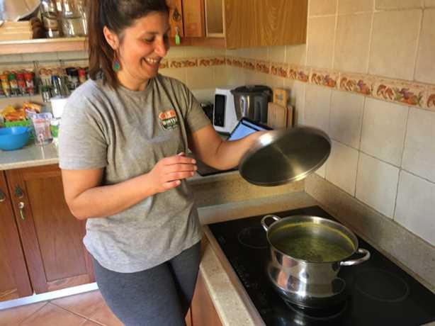 ¡Prueba esta receta de caldo verde para probar una sopa portuguesa clásica!