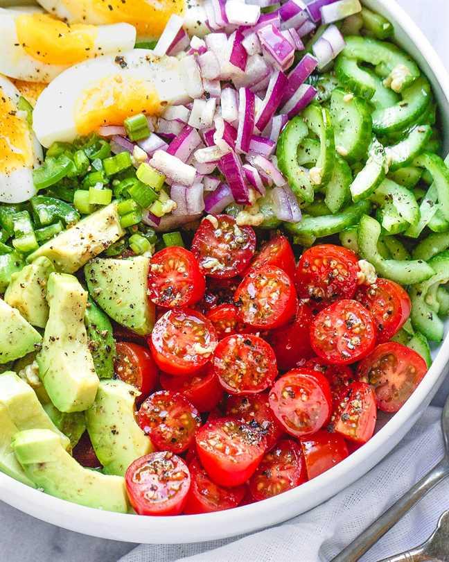 receta saludable de ensalada de aguacate