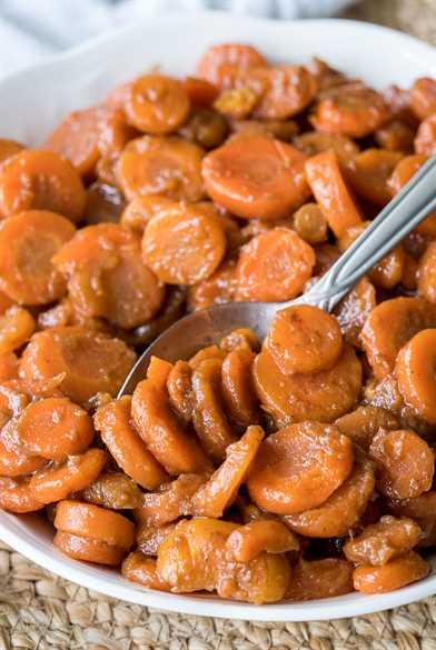 ¡Estas 5 zanahorias glaseadas con azúcar moreno y canela son una deliciosa adición a su menú de vacaciones!