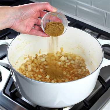 Chili de pollo blanco cremoso con frijoles grandes del norte Receta e imagen: cómo cocinar pollo con comino