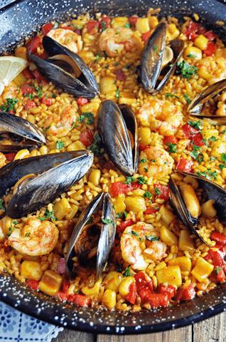 Auténtica receta española de paella de mariscos