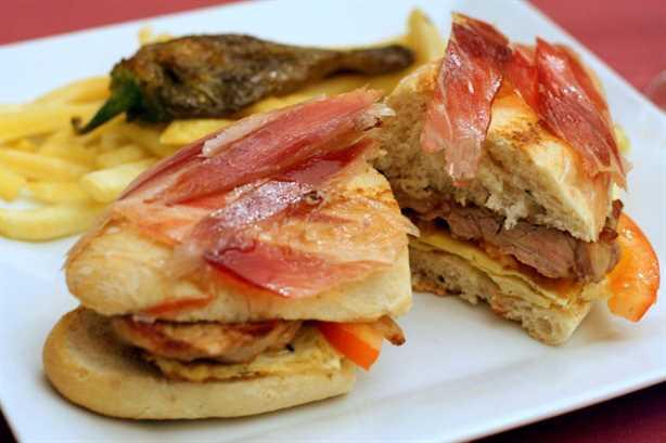 Los sándwiches más locos de España: el serranito