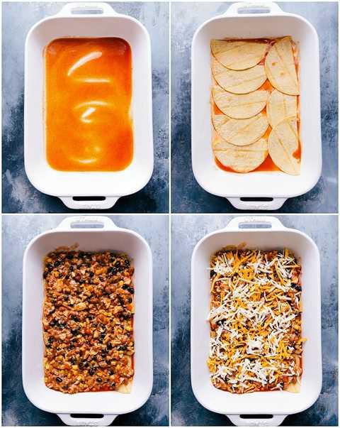 Procese tomas: imágenes de la salsa y las tortillas en capas con relleno de la cazuela de enchilada de pollo