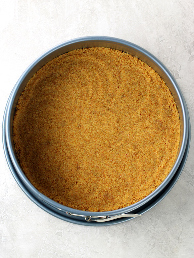 Cómo hacer corteza de tarta de galletas graham para tarta de queso