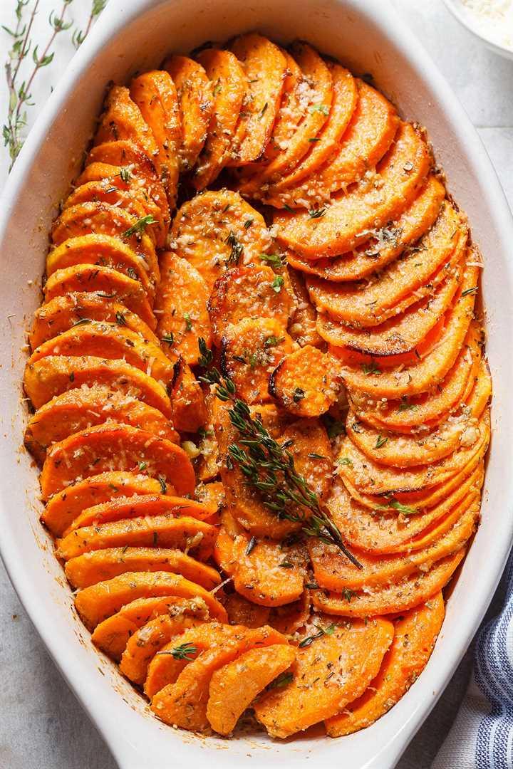 Batatas asadas con parmesano y ajo - # eatwell101 #recipe Tierno, extra-sabroso # Asado #Dulce #Patatas fáciles de hacer.
