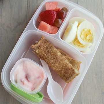 palitos de canela y huevos cuadrados