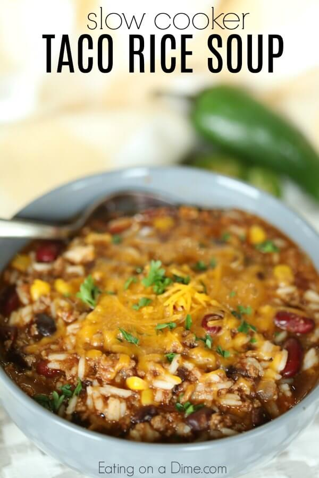 ¿Necesitas una sopa económica? Pruebe la receta de sopa de arroz con taco Crock Pot hecha de sobras. La olla de cocción lenta hace todo el trabajo y la cena está lista rápidamente.