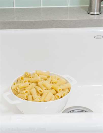 Estilo familiar blanco Cheddar Mac y queso